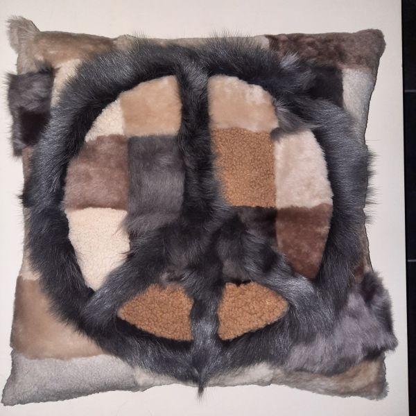 Shearling Pillow -Apach Greysh PEACE 60X60 cm-(SPAPACGREPEATO6060) - ANVOGG FEEL SHEARLING | ANVOGG